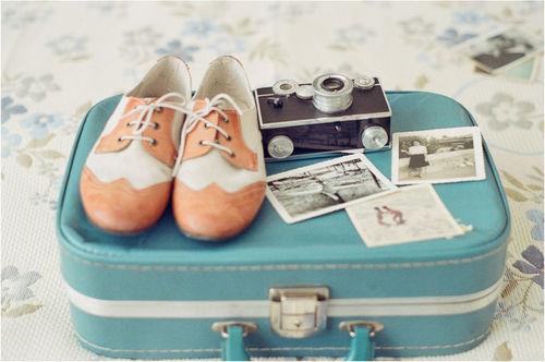 Mudança malas viagens avião lembranças sapatos fotos